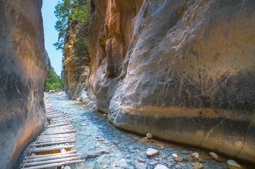 7 Best Day Trips From Crete, Greece