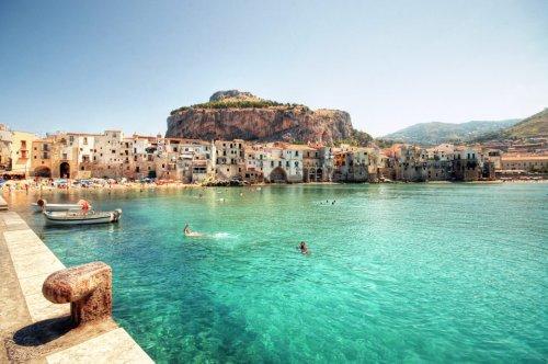Einheimische verraten ihre Lieblings-Strände in Italien - TRAVELBOOK