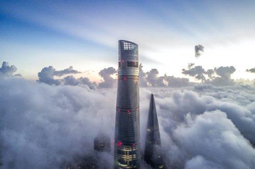 Das höchste Hotel der Welt eröffnet in Shanghai