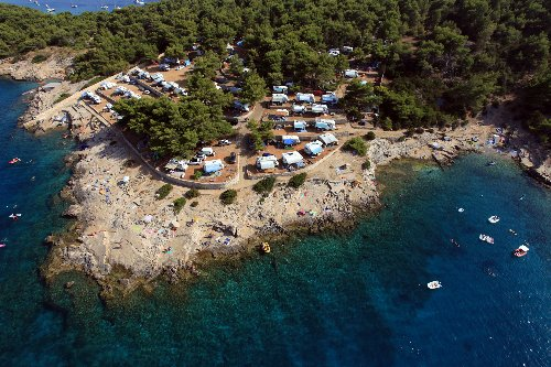 Campingplätze in Europa, die trotz Corona geöffnet sind - TRAVELBOOK