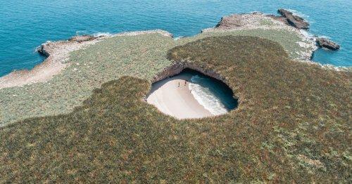 Visita virtualmente la playa más recóndita del planeta