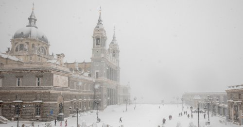 Madrid se tiñe de blanco: fotografías de la ciudad tras la borrasca Filomena