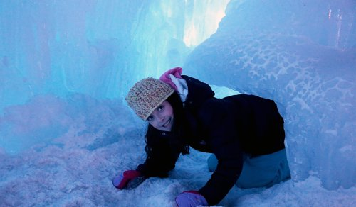 6 Tips for Visiting Ice Castles in Lincoln, New Hampshire | Traveling Mom