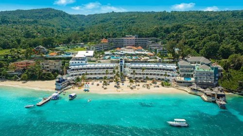 """All Sandals and Beaches Resorts Open in the Caribbean: A """"Landmark Day"""""""