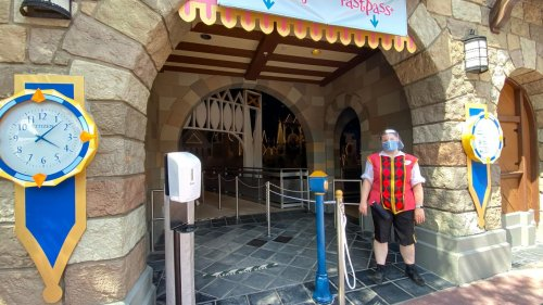 Disney World Updates Social Distancing Protocols