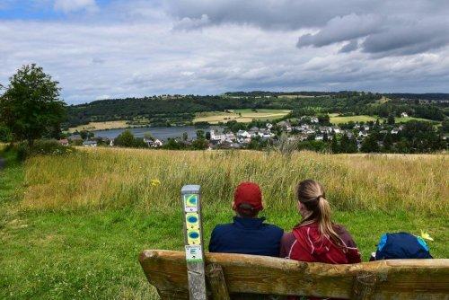 Vulkaneifel Tipps: Wandern auf dem Eifelsteig zu den Eifel-Maaren & Camping auf dem Vulkan
