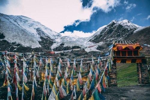 De Asia a América: Un recorrido por las carreteras más altas