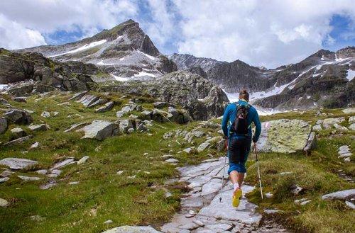 Cómo debes entrenar para el senderismo de gran recorrido