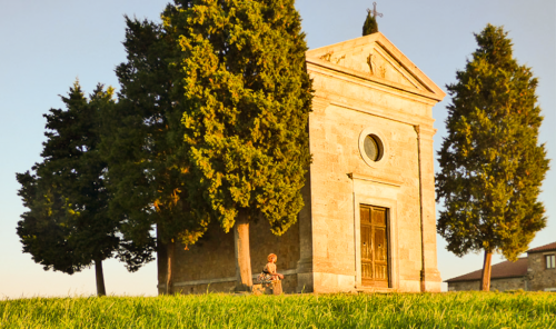 Cappella della Madonna di Vitaleta, icona senza tempo della Val d'Orcia