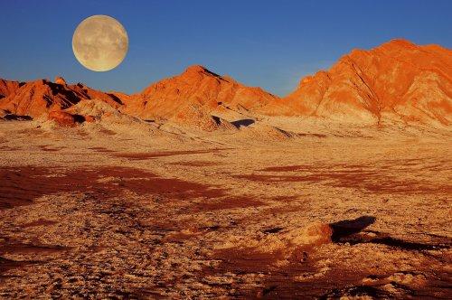 16 Incredible Deserts Around the World