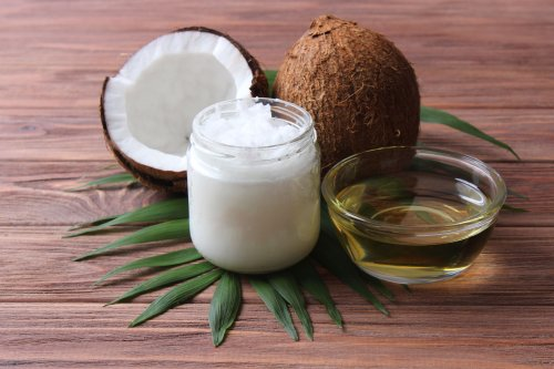 6 Simple Ways to Use Coconut Oil for Strong, Beautiful Hair