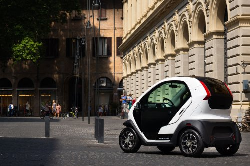 Eli ZERO Is a Vehicle Designed to Fit Cities