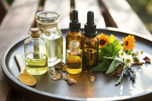 10 Easy DIY Body Oils to Hydrate, Moisturize, and Nourish Your Skin