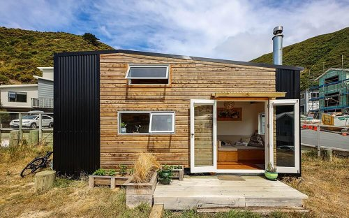 This Modern Tiny House Comes With a Dedicated Movie Loft