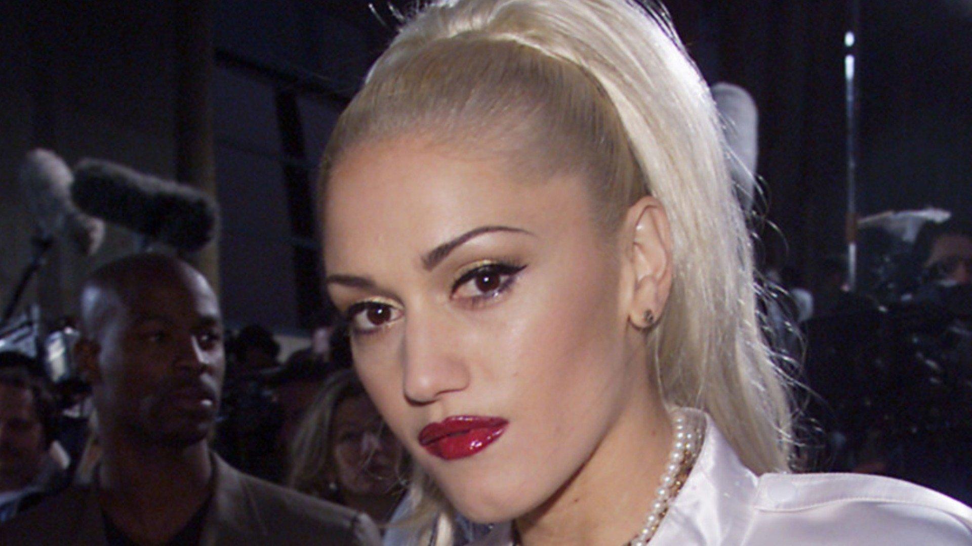 Gwen Stefani's Style Transformation Is Causing A Stir
