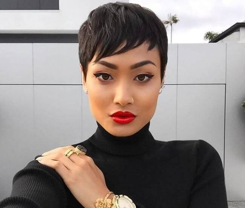 16 Hottest Short Weave Hairstyles for 2021