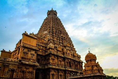 Brihadeeshwara Temple – History, Architecture, Interesting Facts, How to Reach & Timings