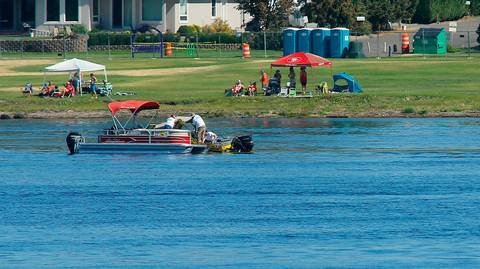 Floating mass of weeds clogs Columbia Cup return to Tri-Cities