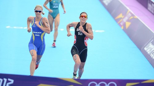 Recalled: The Closest-Ever Olympic Triathlon Finish – Triathlete