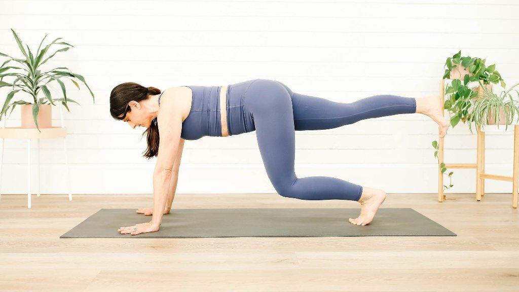 Pilates & Yoga - cover