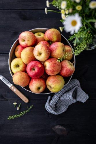 Rezept für den leckersten Cider-Apfelkuchen mit Tonka Sahne – plus tolle Facts zum Schwäbischen WiesenObst!