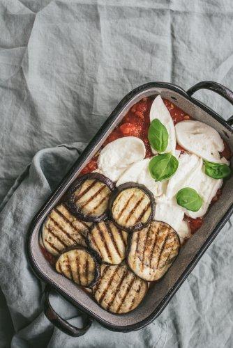 Rezept für Parmigiana di melanzane - mein liebster Soulfood Auberginen-Auflauf! - trickytine