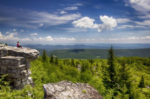 10 Amazing Places to Visit in West Virginia