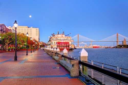 These U.S. Destinations Will Pay You to Move There - cover
