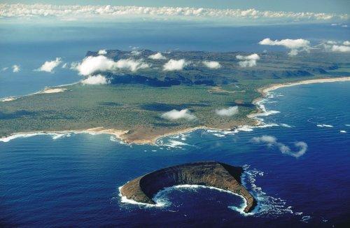"""A Peek Inside Niihau: Hawaii's """"Forbidden Island"""""""