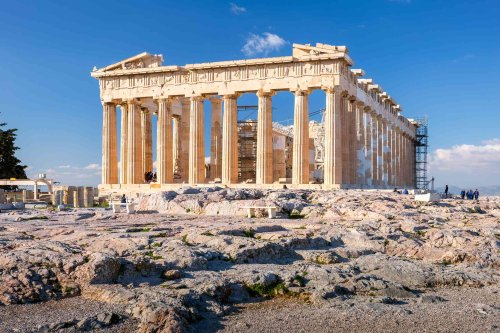 The Top 20 Essential Things to Do in Greece