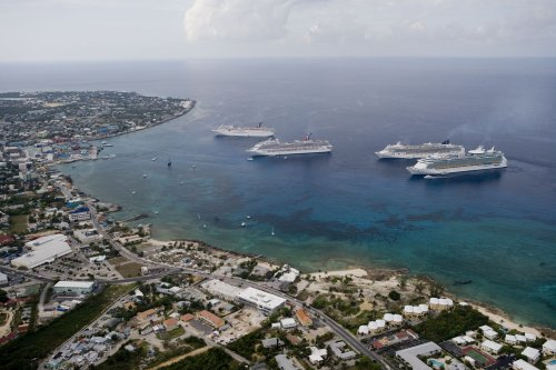 The Top 15 Things to Do in the Cayman Islands