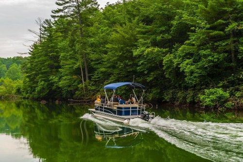 Best Pontoon Boat Rentals