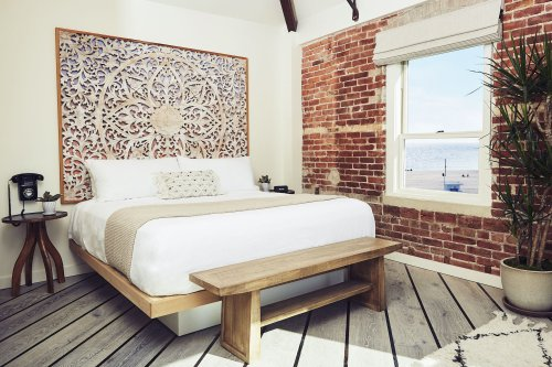 Venice Beach Welcomes Its First Beachfront Hotel