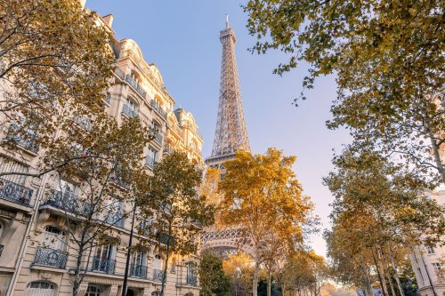 Here's What It's Like to Travel to France Right Now