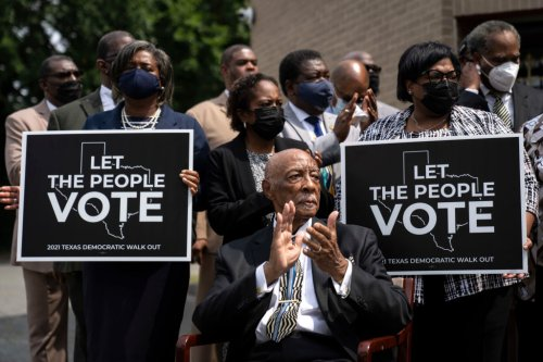 100 State Lawmakers From 20 States Join TX Dems in DC in to Defend Voting Rights
