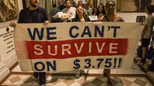 No Worker Shortage: Report Finds Low Wages Make Food Workers Want to Quit