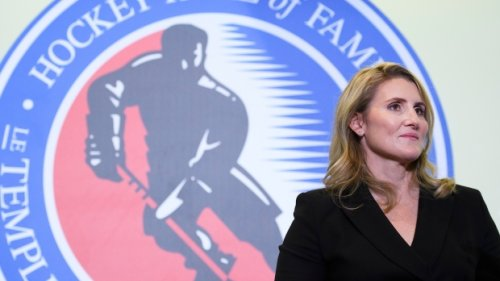 Frank Seravalli: Hayley Wickenheiser moving east to pursue both of her passions - TSN.ca