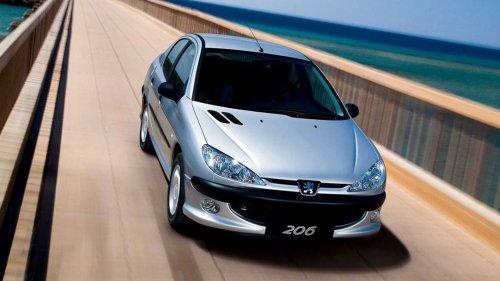 Comment la vieille Peugeot 206 peut-elle continuer à aussi bien se vendre ?