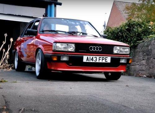 VIDÉO - Cette ancienne Audi 80 quattro cache un secret de 610 chevaux