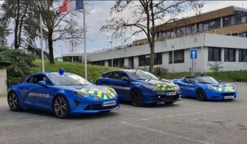 Les gendarmes seront-ils capables de piloter leurs nouvelles Alpine ?