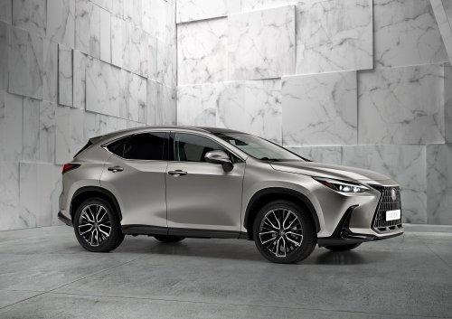 Nouveau Lexus NX (2021) : enfin un SUV à brancher !