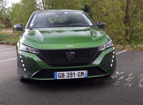 VIDEO - A 24 800€, la nouvelle Peugeot 308 de base est-elle une arnaque ?