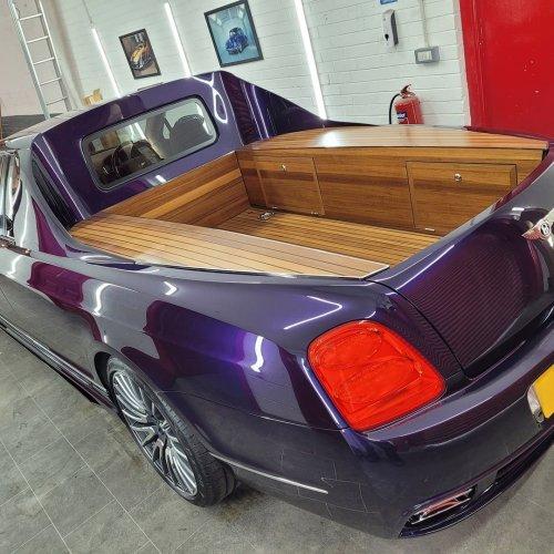 Cette Bentley Flying Spur est l'utilitaire parfait pour les artisans fortunés