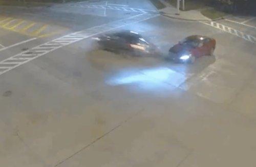 """VIDEO - Elle grille les feu rouge à 160 km/h car """"c'est Dieu qui conduit"""""""