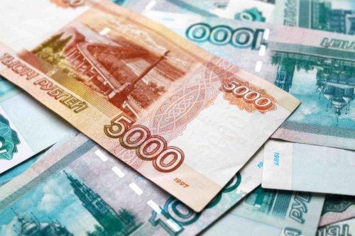 Российское правительство выделит деньги на допвыплаты медикам, заболевшим COVID-19