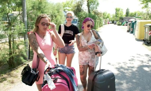 Neue Camping-Soap: Großes Drama auf Mega-Campingplatz in Italien