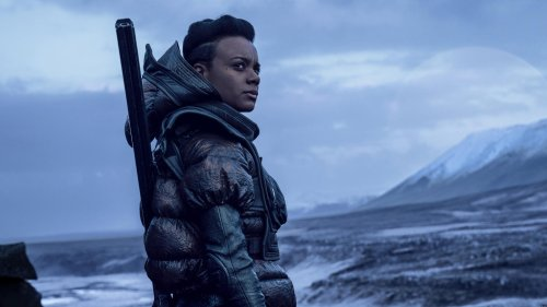 Foundation Review: Apple's Sci-Fi Series Guns for Game of Thrones in Space