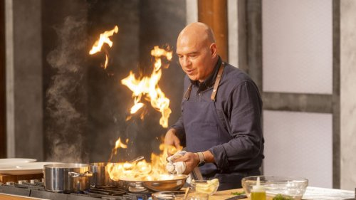 Tastemakers: 'Worst Cooks in America's Michael Symon Teases 'The Best of the Worst'