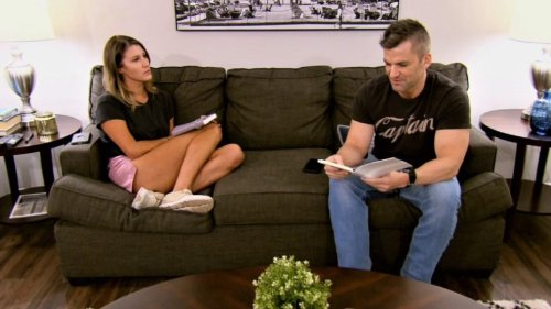 'Married at First Sight' Sneak Peek: Haley Jacob Write Letters to Their Younger Selves (VIDEO)