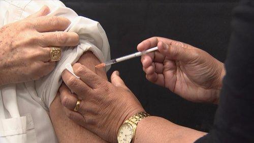 Kiwi immunologist: Covid jab 'safest vaccine I've ever seen'